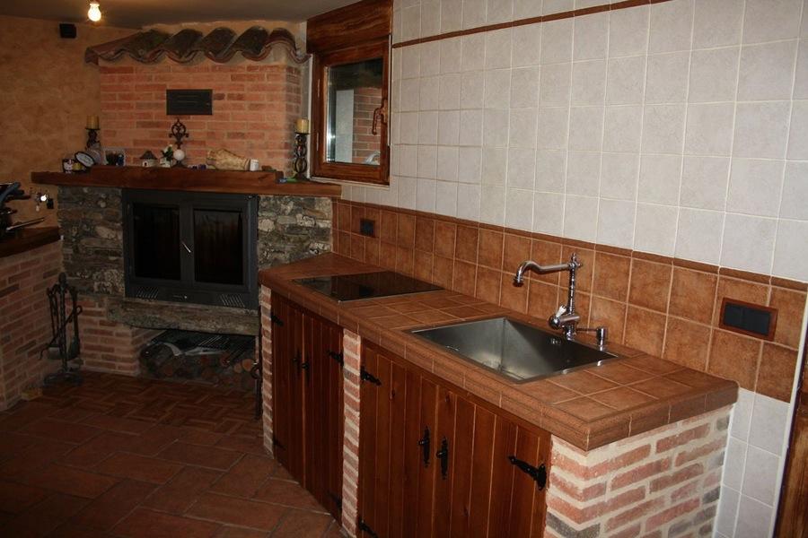 Encimeras de cocina de obra dise os arquitect nicos - Cocinas rusticas de obra ...